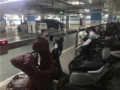 河南小区充电桩安装成功展示