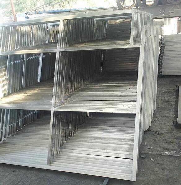 平面桁架系组成的网架结构