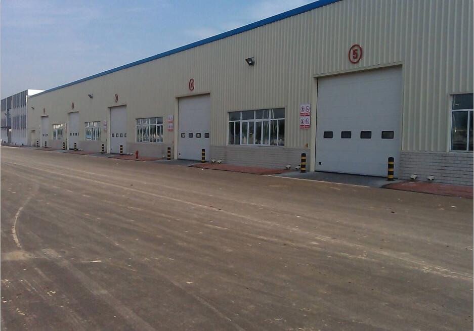彩色透水混凝土材料生产厂区