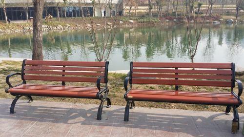 陕西森泰木塑园林建设有限公司生产的压铸铝合金公园椅子