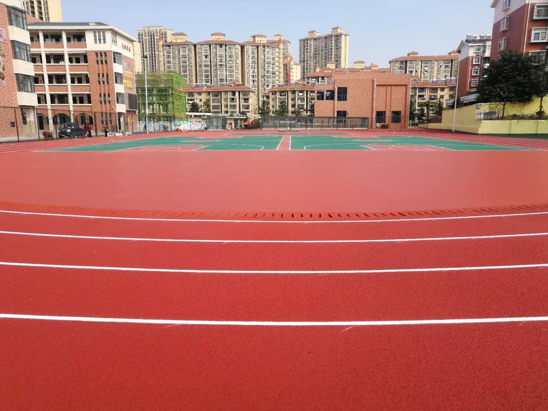 你知道矽PU球場施工鋪設的厚度如何確定