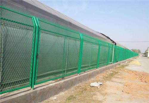 护栏网安装的步骤包括六大步骤