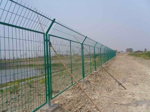 成都双边护栏网