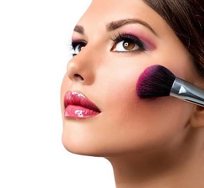 淡妆怎么话比较好看,化一个好看的妆容有什么技巧