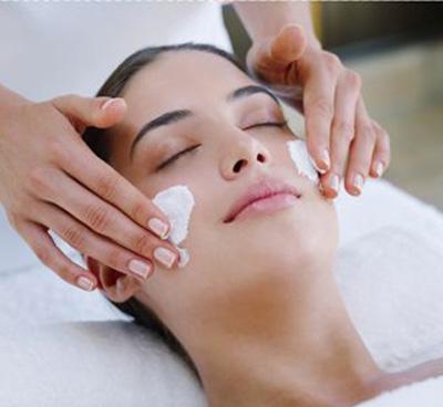 美容培训带你了解夏季护肤需要注意什么?