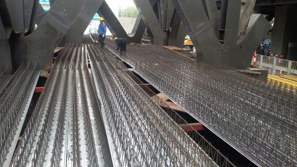 呼和浩特市钢结构楼层板