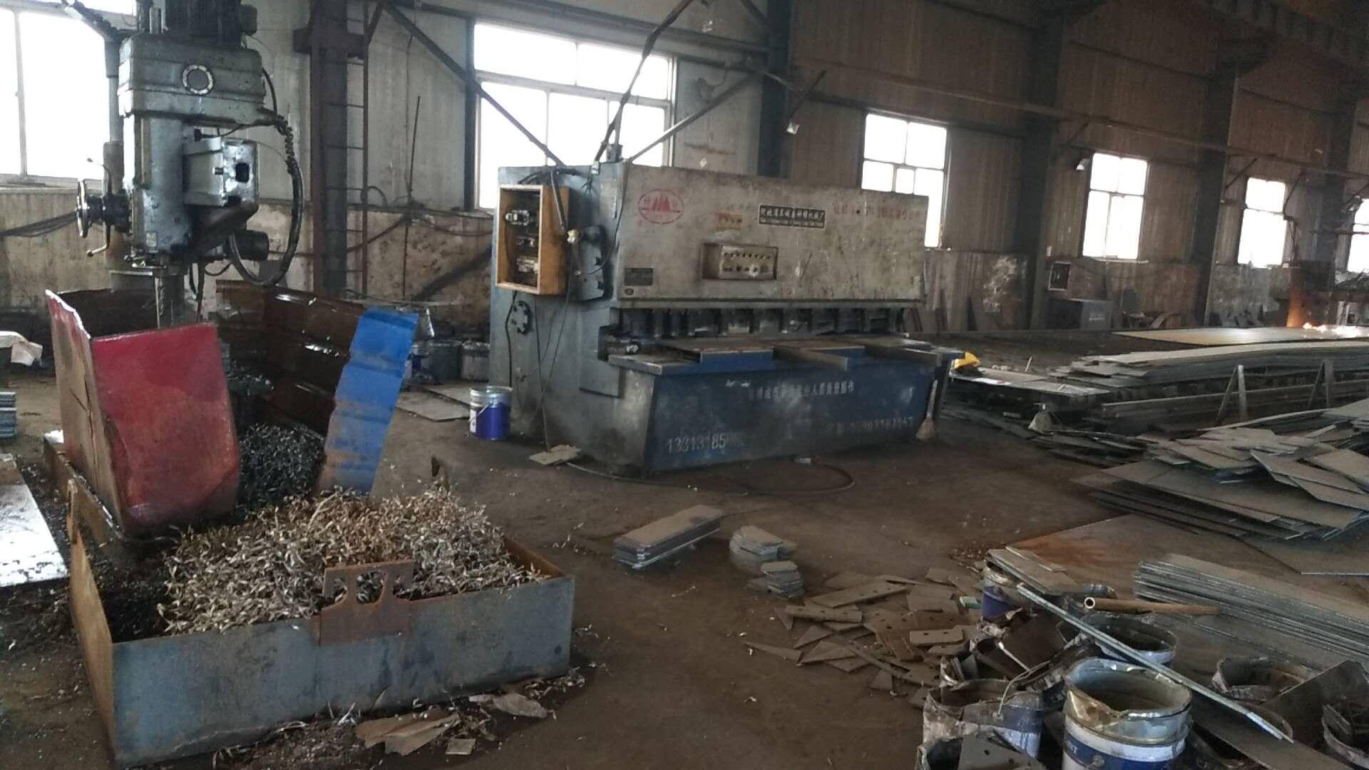汇鑫钢构剪板机