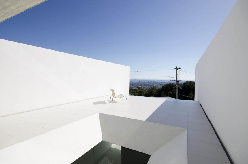 为什么说给建筑物涂上白色涂料可以降温?