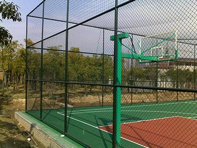 东胜球场围栏