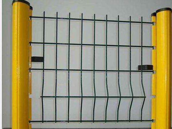 鄂尔多斯桃型柱护栏网