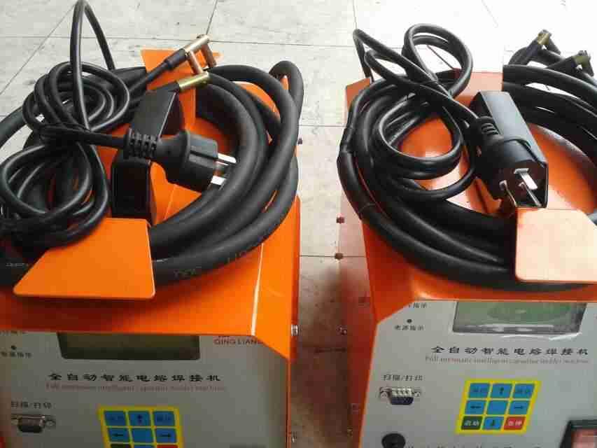 PE电热熔焊接机