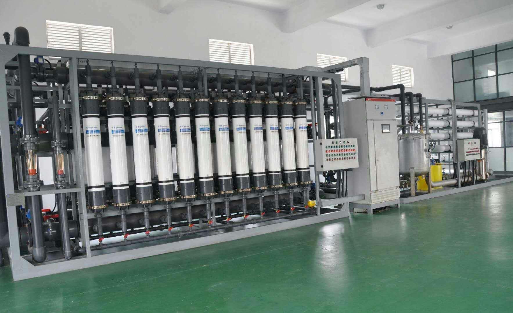 矿泉水处理设备生产厂房