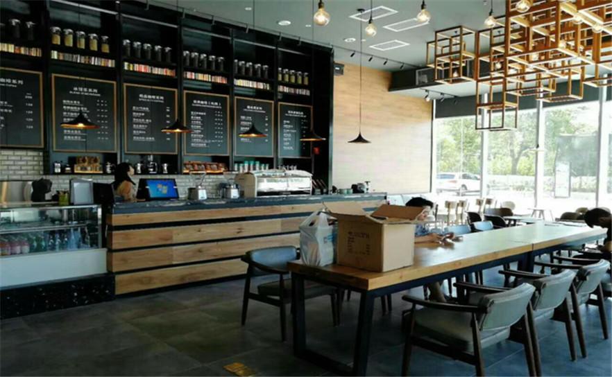与咖啡厅合作桌椅定制