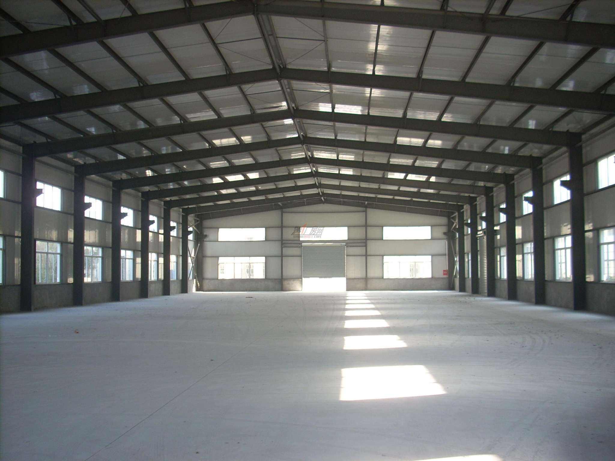 红星金属浅谈钢结构在营造大跨度屋顶方面的作用
