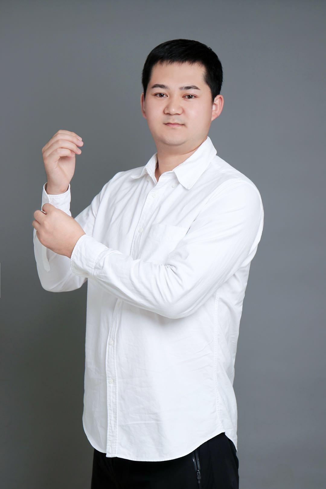 首席设计师刘年华