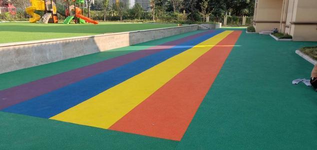 某幼儿园彩色防滑地坪施工完成
