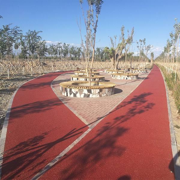 公园铺设湖北透水混凝土案例赏析