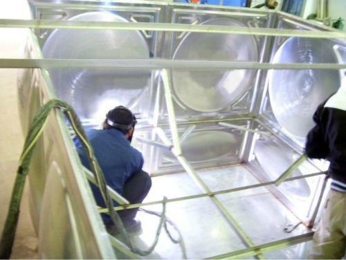 成都不锈钢水箱生产环境