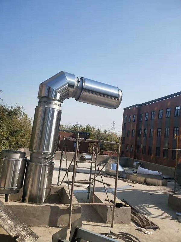 成都神龙汽车厂双层不锈钢烟囱安装