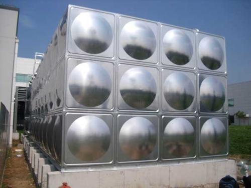 你知道四川不锈钢水箱方型和圆形的比较有哪些差别吗?