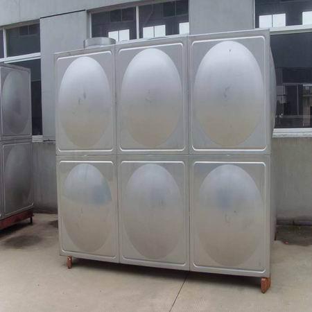 四川不锈钢水箱厂家来说不锈钢水箱和玻璃水箱比较,哪个更好?