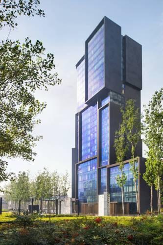 郑州建业艾美酒店和河南酒店用品厂家君芝友达成合作