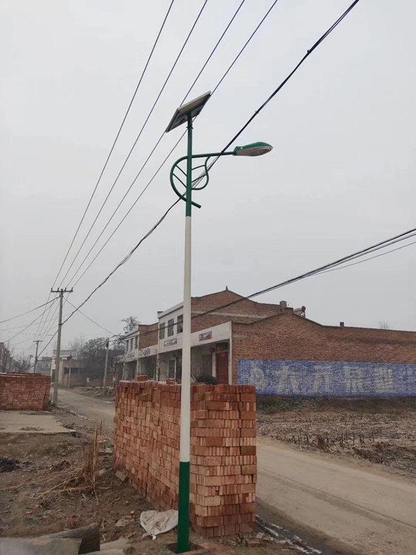 陕西省咸阳市兴平县太阳能路灯亮化工程