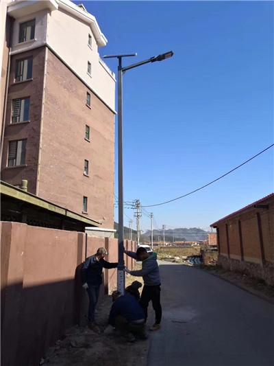 6米仿古太阳能路灯亮化工程 宁夏固原