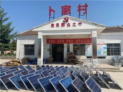 咸阳市淳化县卜家镇 质保五年6米60瓦太阳能路灯施工案例