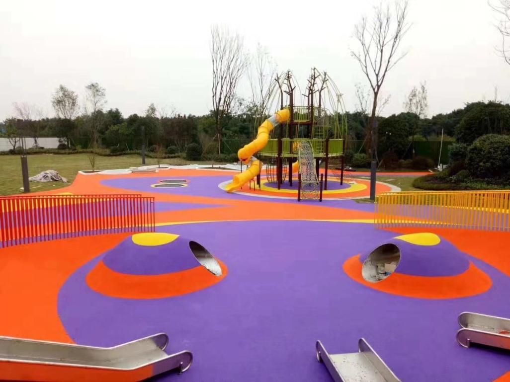 成都儿童游乐园EPDM塑胶场地