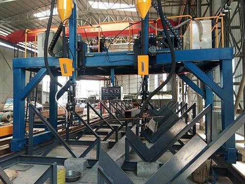 西昌鋼筋桁架樓承板製作廠房環境