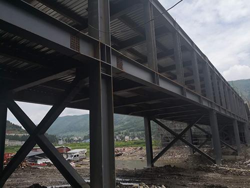 鋼結構廊橋工程施工安裝成功案例