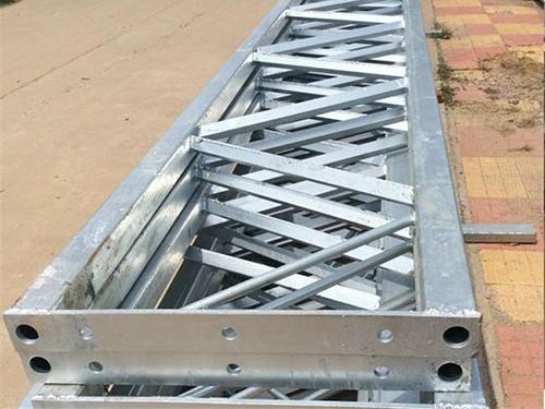 鋼桁架結構