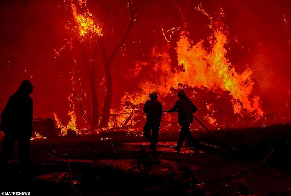 澳大利亚山火持续肆虐