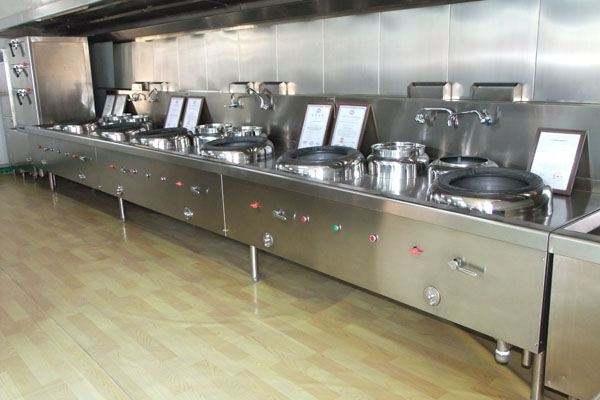 酒店不锈钢厨具使用注意事项