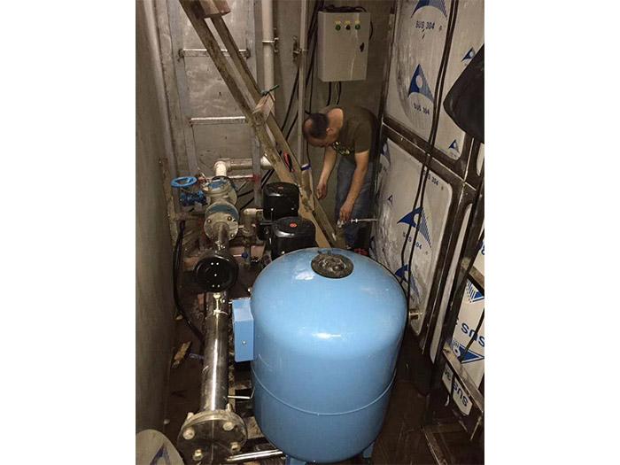 欧亚学院变频供水设备