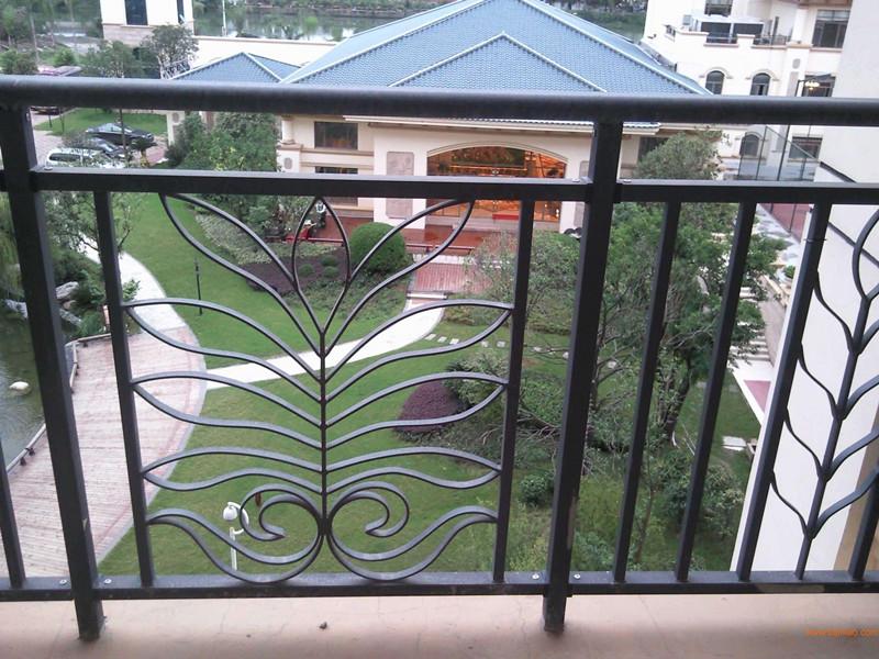 别墅区阳台楼梯栏杆成功案例
