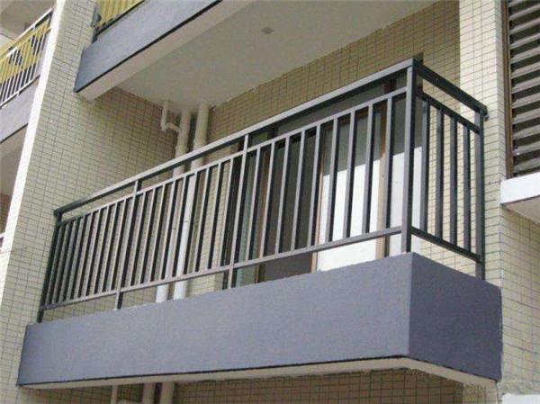 单立柱阳台栏杆