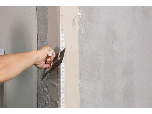导致轻质抹灰石膏面层起气泡的因素有哪些?