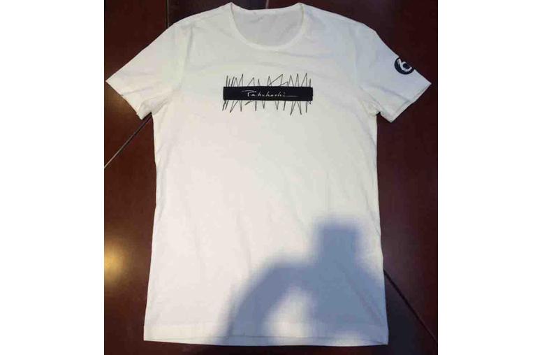成衣绣花白色T恤