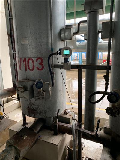 湖北某水泥减水剂厂冰醋酸罐外置超声波液位计