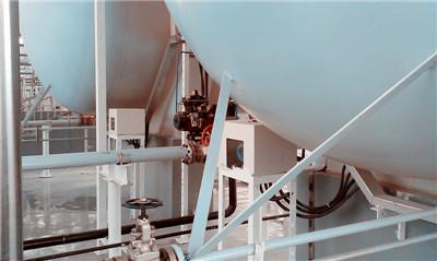山西省运城某工烧碱项目外测液位计液氯贮槽罐上的使用