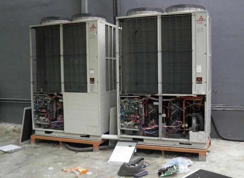 为陕西某办公楼提供中央空调清洗安装服务