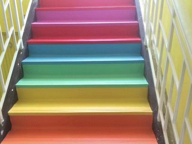 PVC楼梯整体踏步
