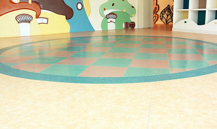 幼儿园塑胶地板施工效果
