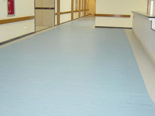 康复中心5500平PVC地板案例