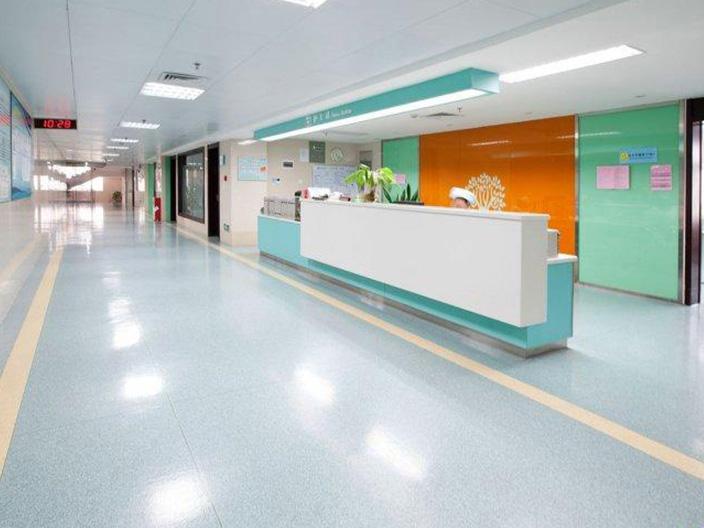 第六人民医院2300平塑胶地板工程效果