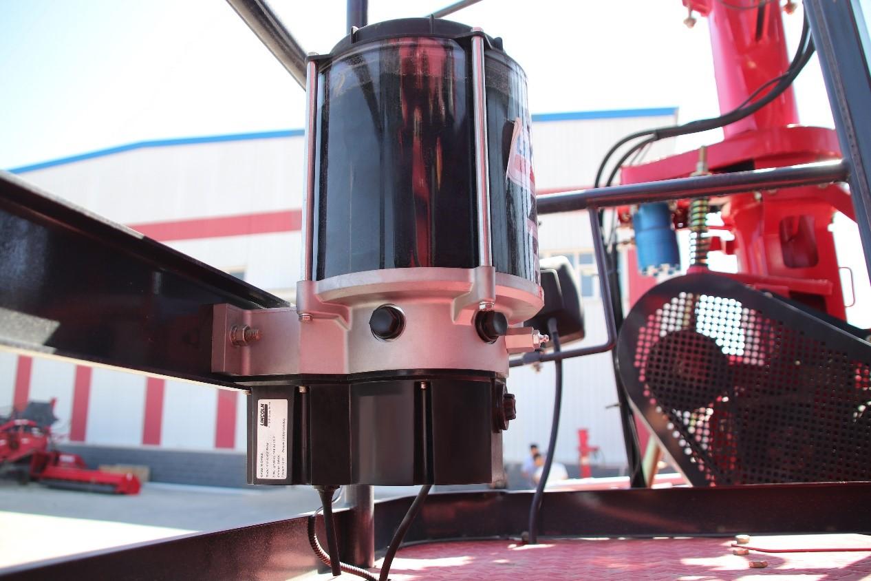 當青貯機遇上集中潤滑系統,青貯機保養從此變得簡單