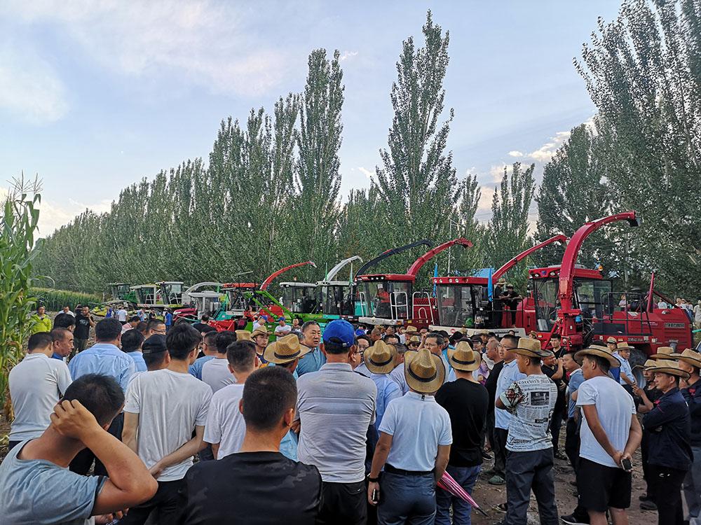 青貯機集結呼和浩特同臺競技,8月牧神玉米機展會演示會將密集開展