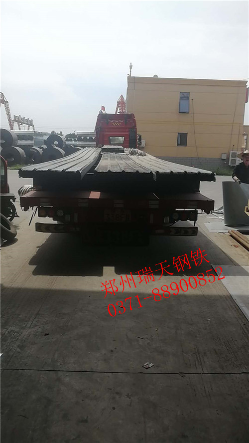 河南彩钢板施工厂家